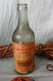 Botella antigua de agua de carabaña. Emblemática. Vacía