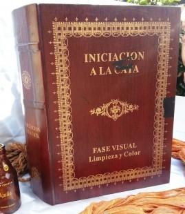 """Vieja caja de madera grabada """"Iniciación a la Cata"""""""