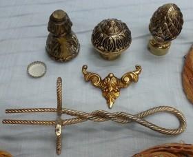 Adornos en bronce para reutilizar. Varias piezas.