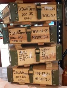 Cajas de madera. Militares de munición. Fuertes y pesadas. 4 unidades.